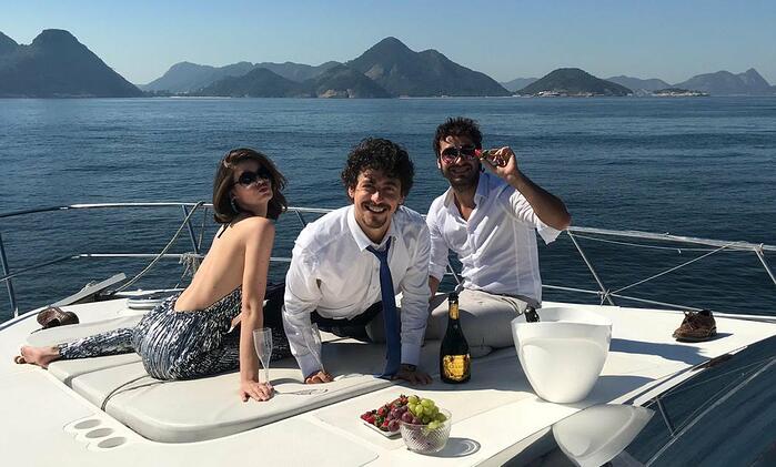 Barcos propiciam momentos de celebridade por R$ 60 a diária