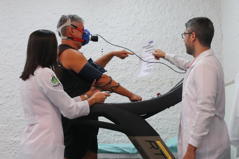 Departamento de Educação Física da UFRN busca idosos hipertensos para participar de estudo