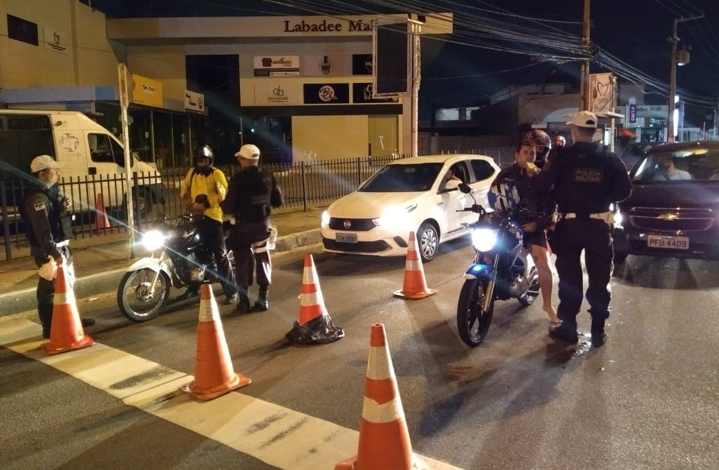 Deputado critica Governo do RN por excessos na fiscalização de veículos