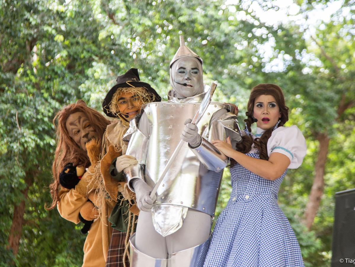 Domingo tem espetáculo do 'Mágico de Oz' no Parque das Dunas