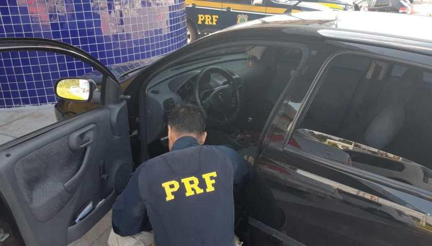 Dupla é presa com 2kg de cocaína em fiscalização da PRF na BR 101