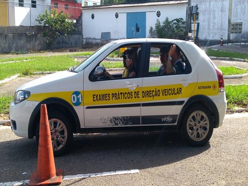Exames de direção veicular serão aplicados pelo Detran em 21 cidades do RN