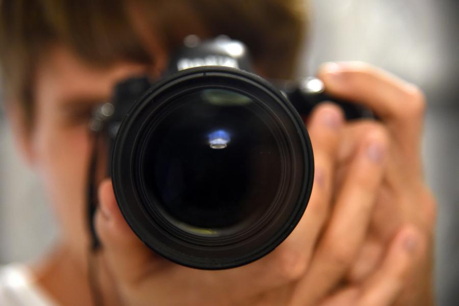 Dia Mundial da Fotografia: um ensaio sobre o cotidiano das mulheres do Quilombo Kaonge