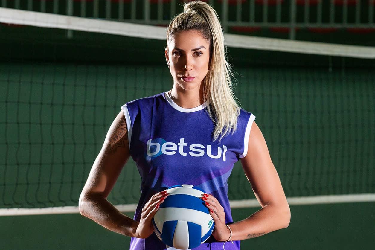 """Embaixadora do Betsul, site de apostas esportivas, Thaisa Daher não esconde desejo de voltar à Seleção Brasileira de Vôlei: """"Sonho"""""""