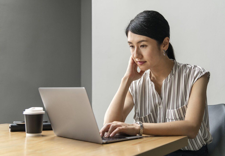 Ferramenta online ajuda pais na escolha da escola para os filhos