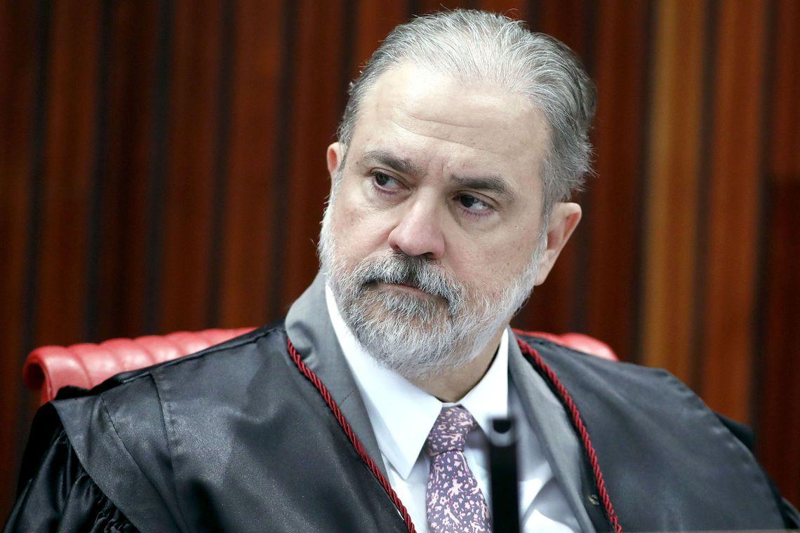 Jair Bolsonaro indica Augusto Aras para a PGR