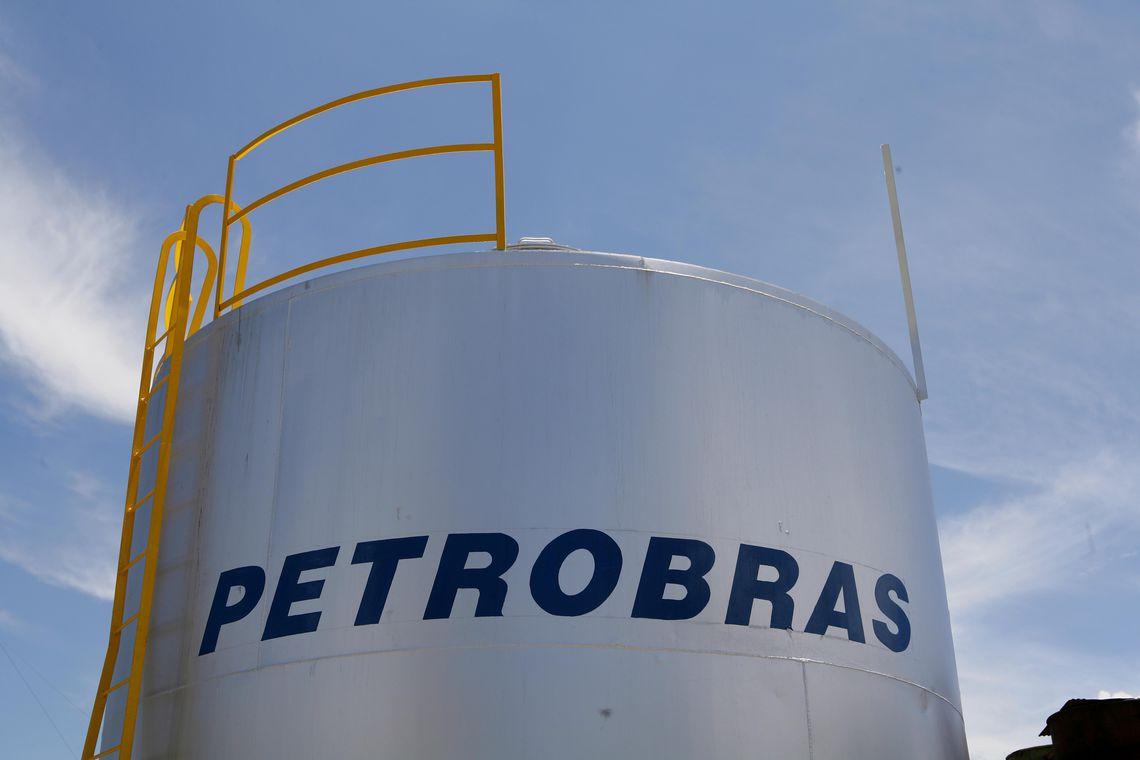 Preço da gasolina e do diesel sofrem reajuste nas refinarias