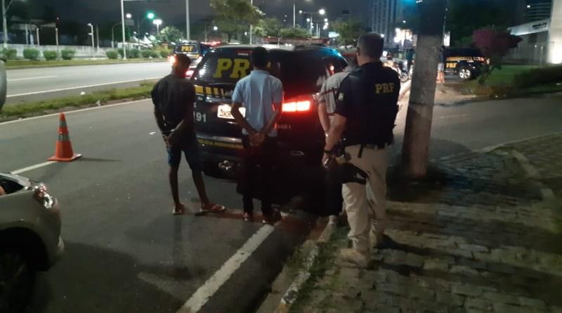 PRF prende três homens em um veículo roubado nas proximidades da Arena das Dunas