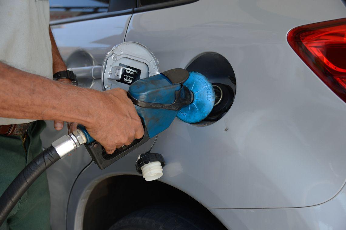 Petrobras reajusta preço da gasolina em 3,5% e do diesel em 4,2%