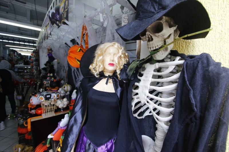 Prefeitura do Natal abre cadastro para comércio informal no Halloween