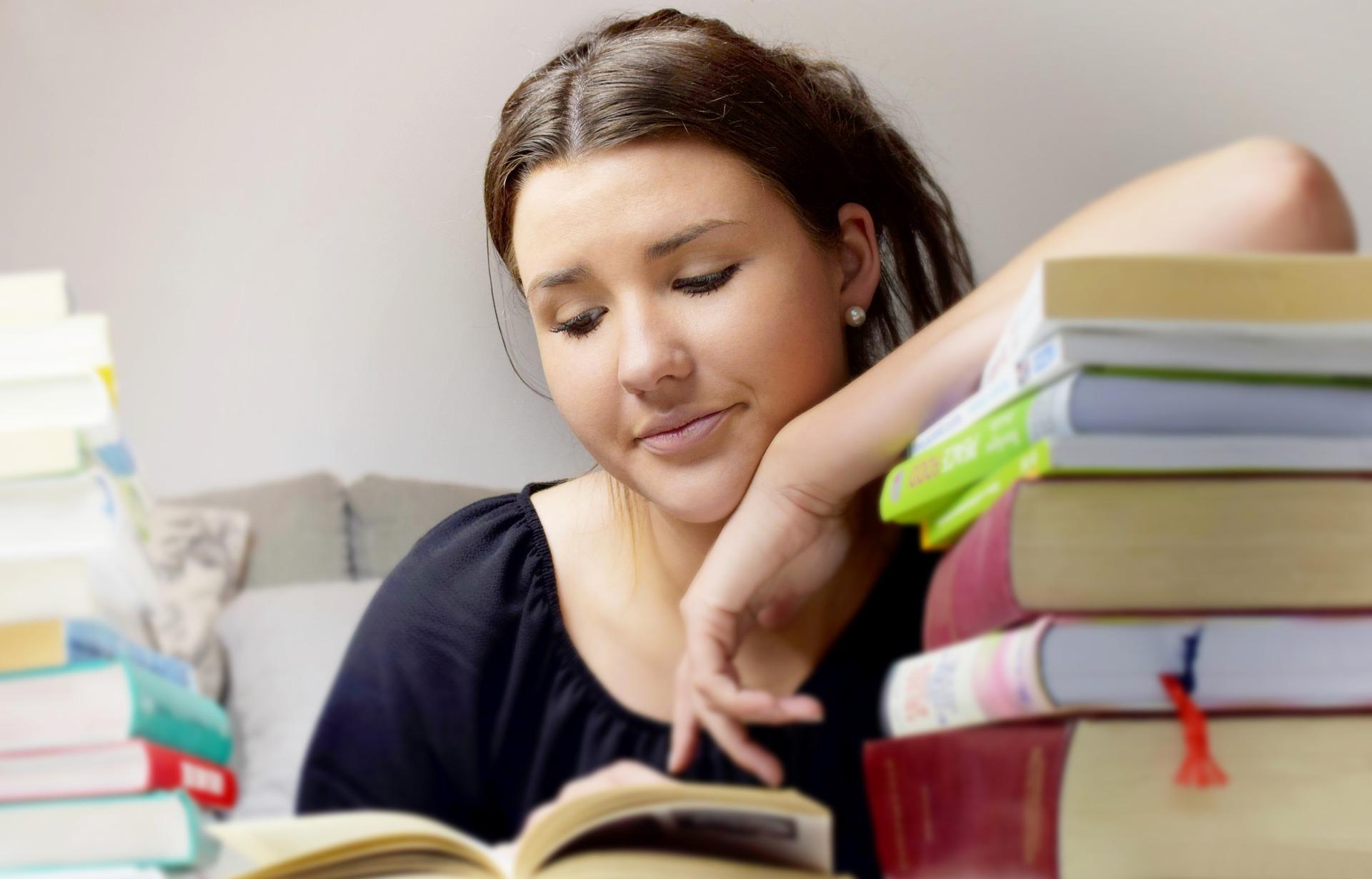 Projeto oferece bolsas de estudo para alunos de baixa renda