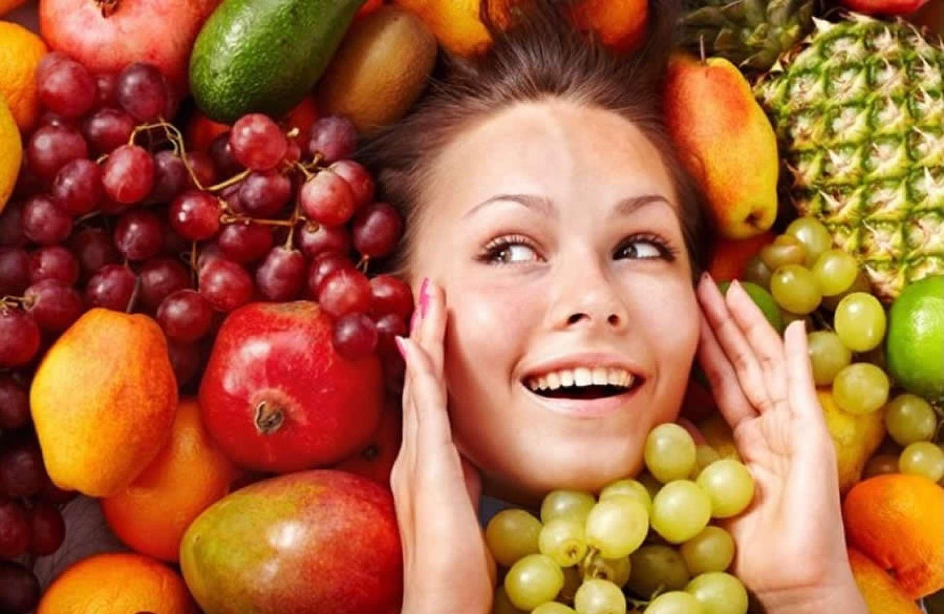 Dos 20 aos 40: conheça os nutrientes certos da dieta para prevenir e tratar o envelhecimento