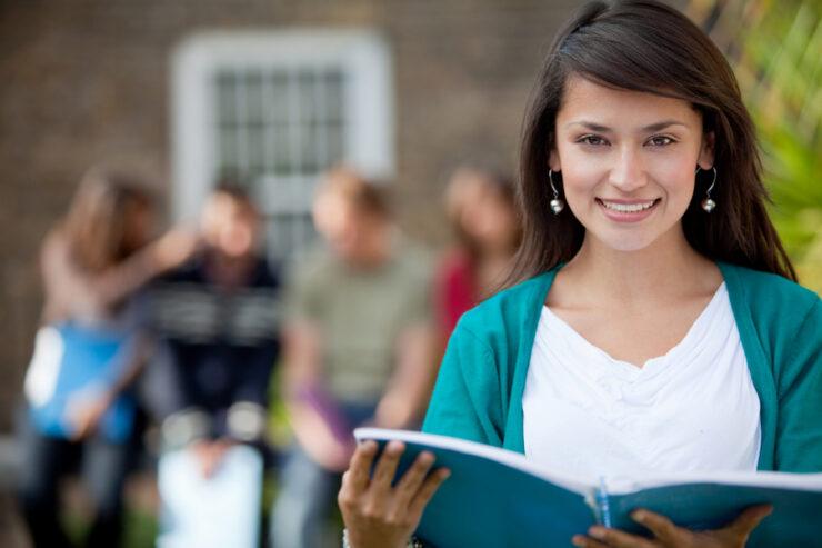 Enade maioria dos estudantes se formou através de bolsas ou financiamento