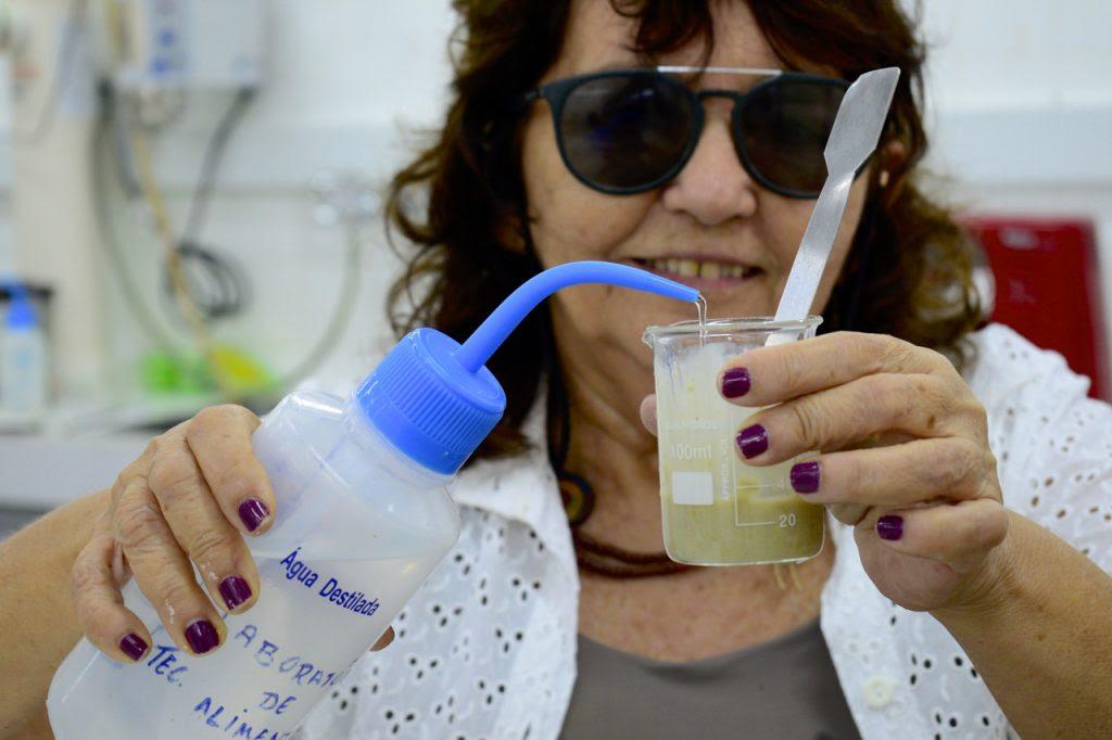 Pesquisa da UFRN desenvolve polpa de fruta em pó com propriedades naturais