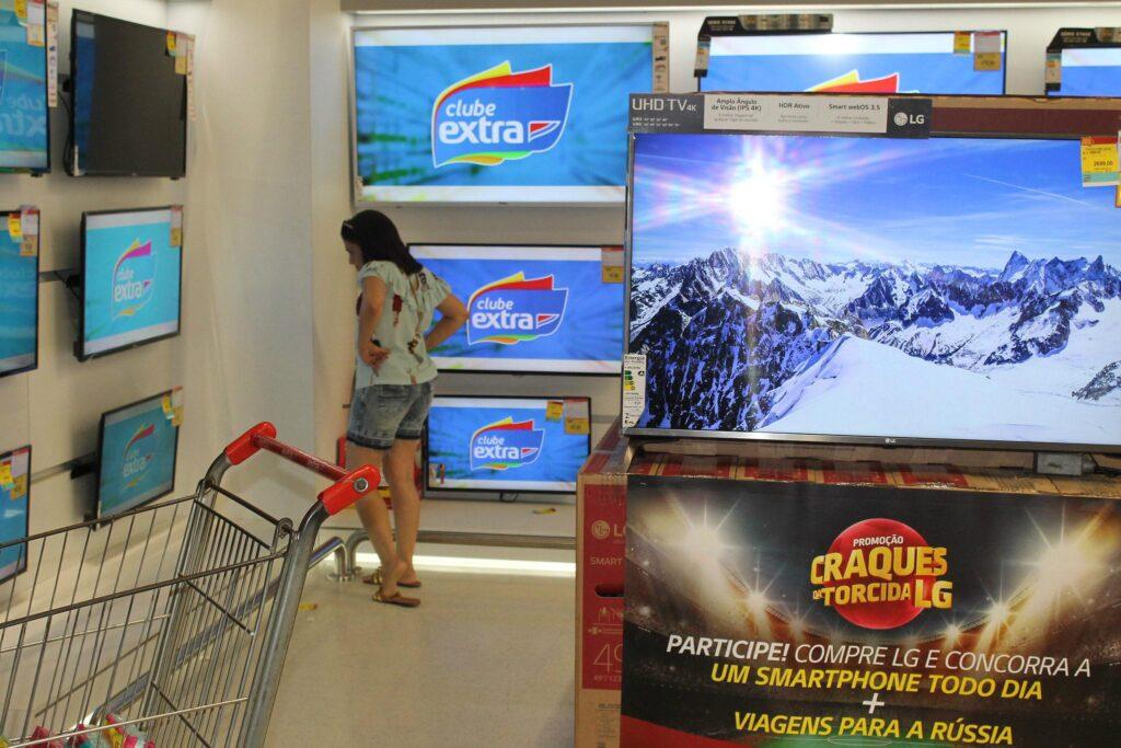 Extra aposta no Dia dos Solteiros e faz promoções no E-Commerce