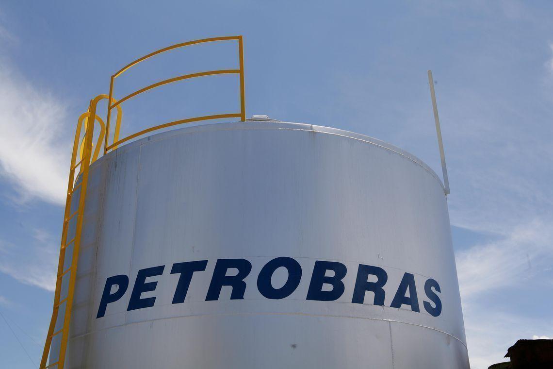 Petrobras reduz preços do diesel em 4% e da gasolina em 8%