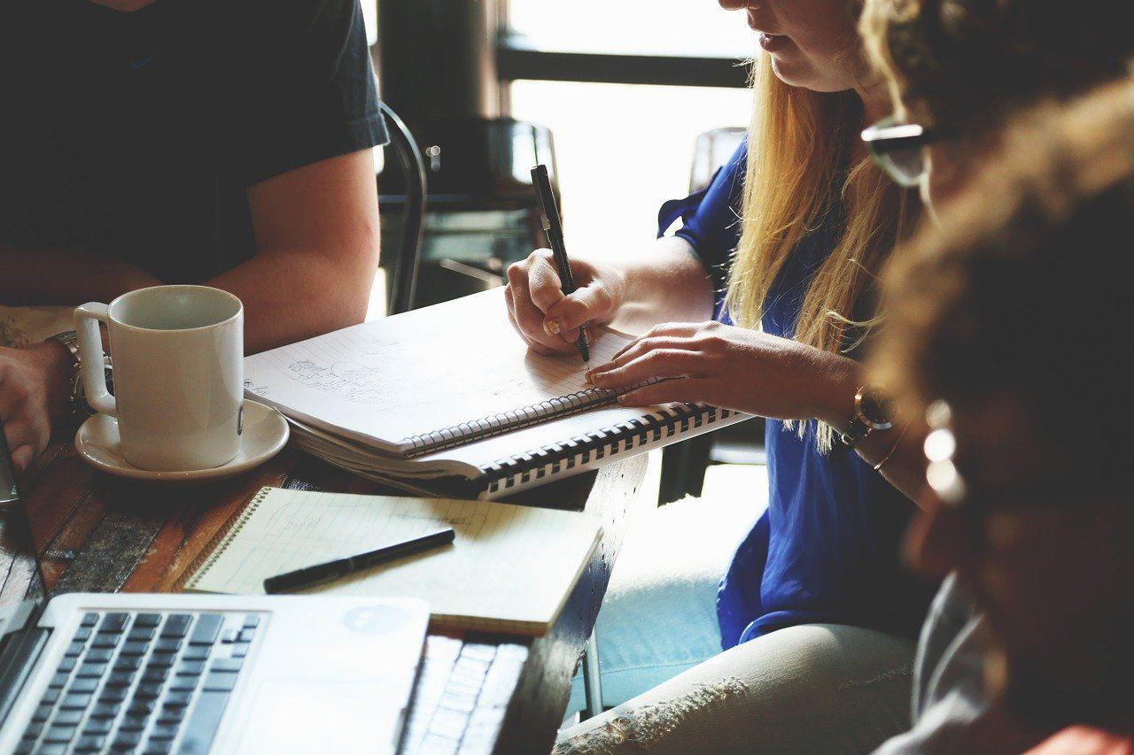 Saiba como reagir a conflitos entre colaboradores na empresa