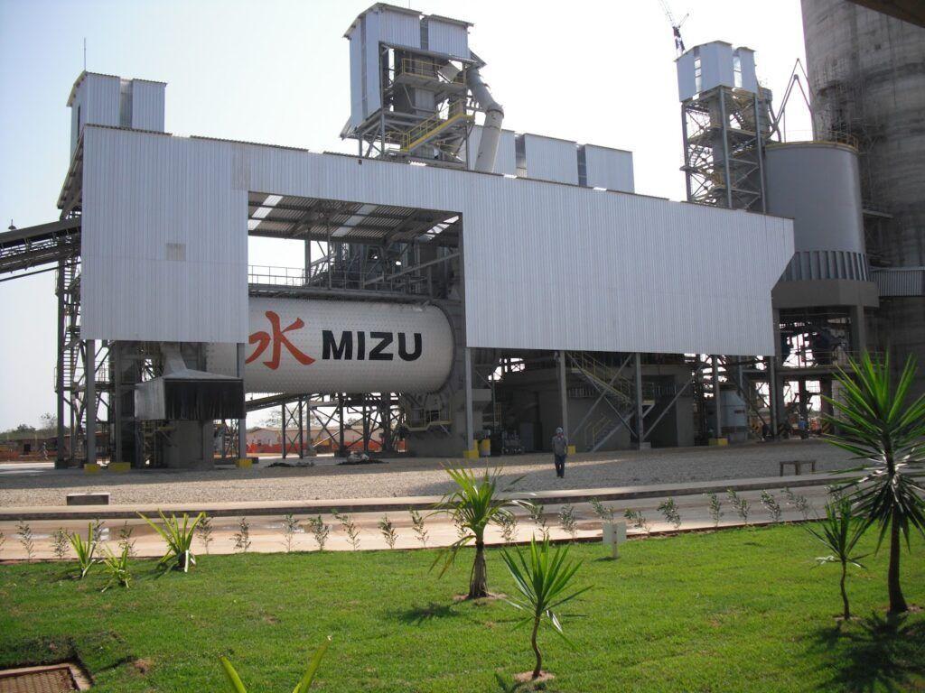Óleo coletado no litoral do RN será reaproveitado pela fábrica de cimentos Mizu