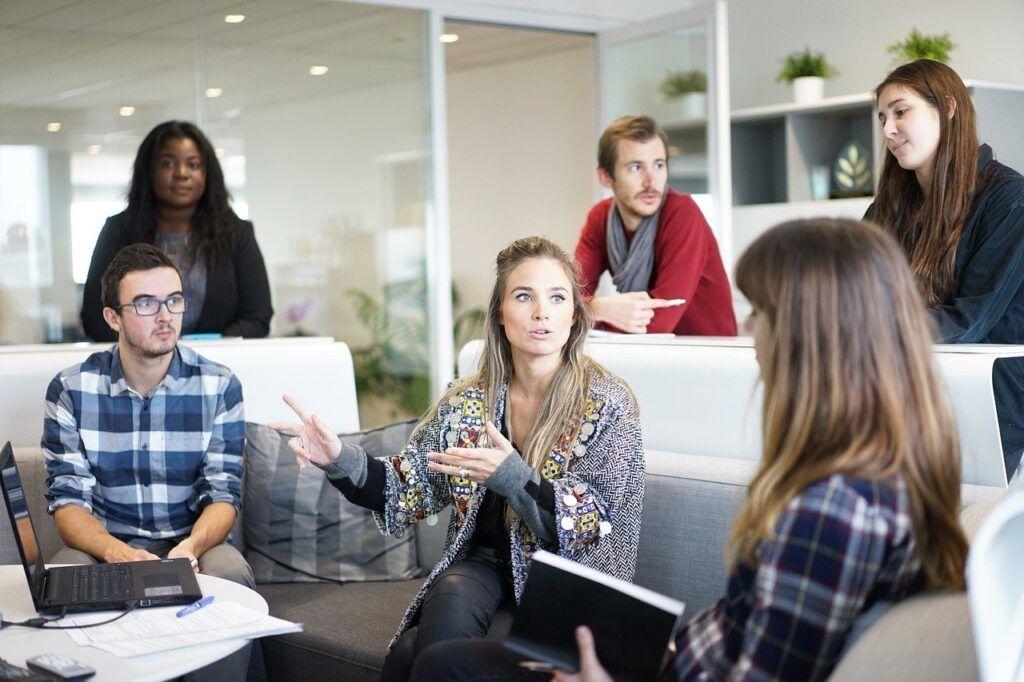 Millenials e Geração Z o presente e o futuro das relações de trabalho