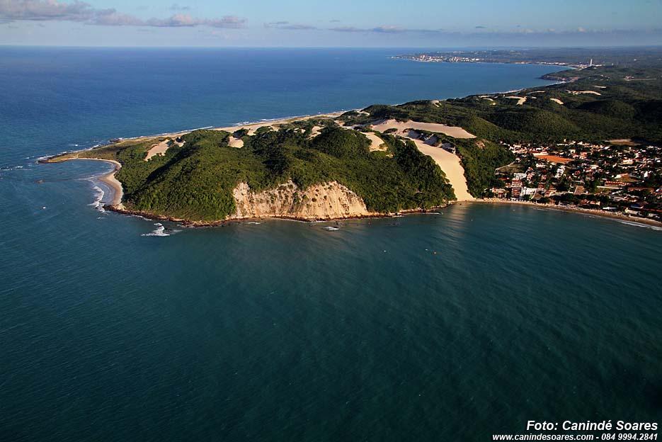 Trecho da praia de Ponta Negra está impróprio para banho