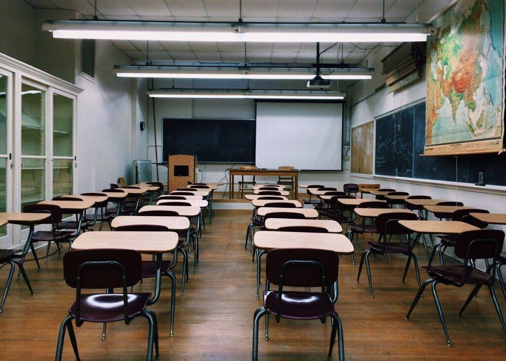 Governo do RN suspende aulas presenciais na rede pública em 2020