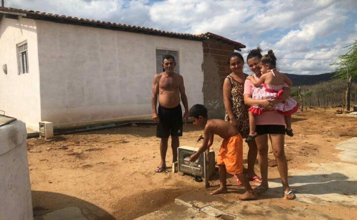 Moradores da zona rural de São Tomé comemoram chegada da água