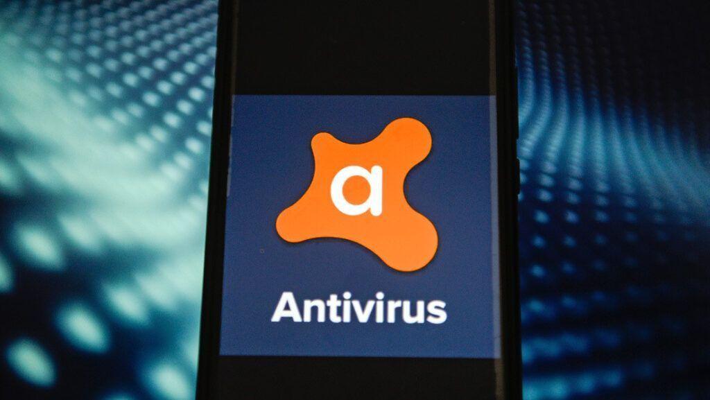 O custo do antivírus gratuito da Avast as empresas podem espionar seus cliques