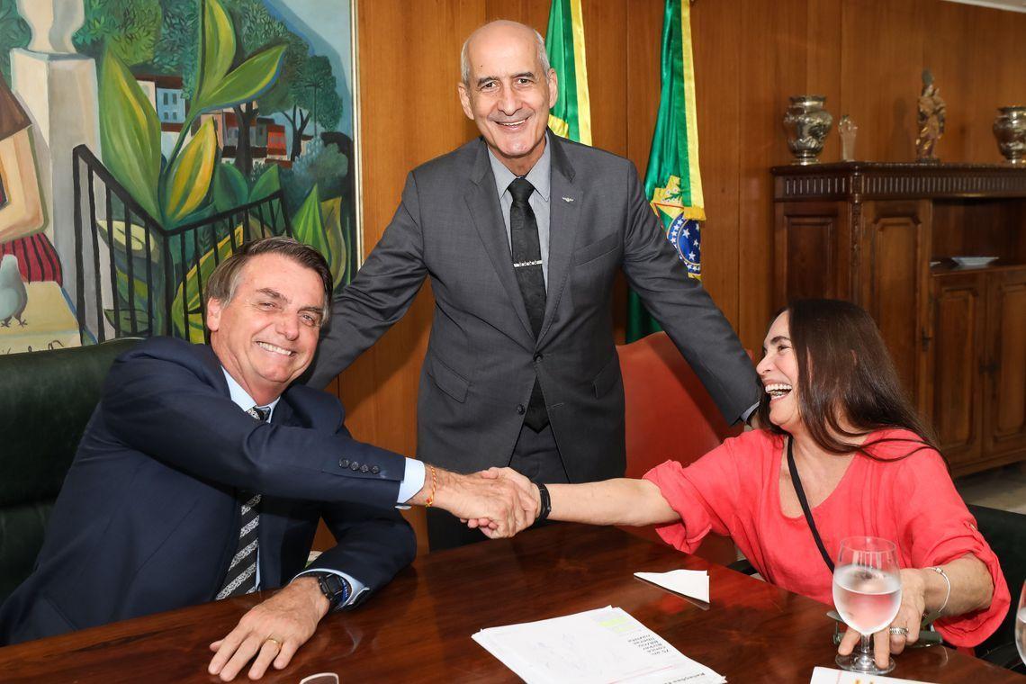 Regina Duarte é a nova secretária de Cultura do governo Bolsonaro