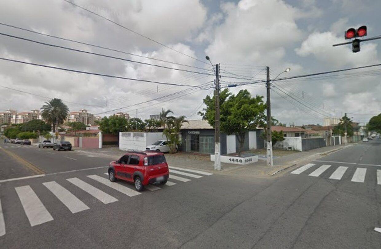 Rua dos Potiguares é fechada para obras de drenagem