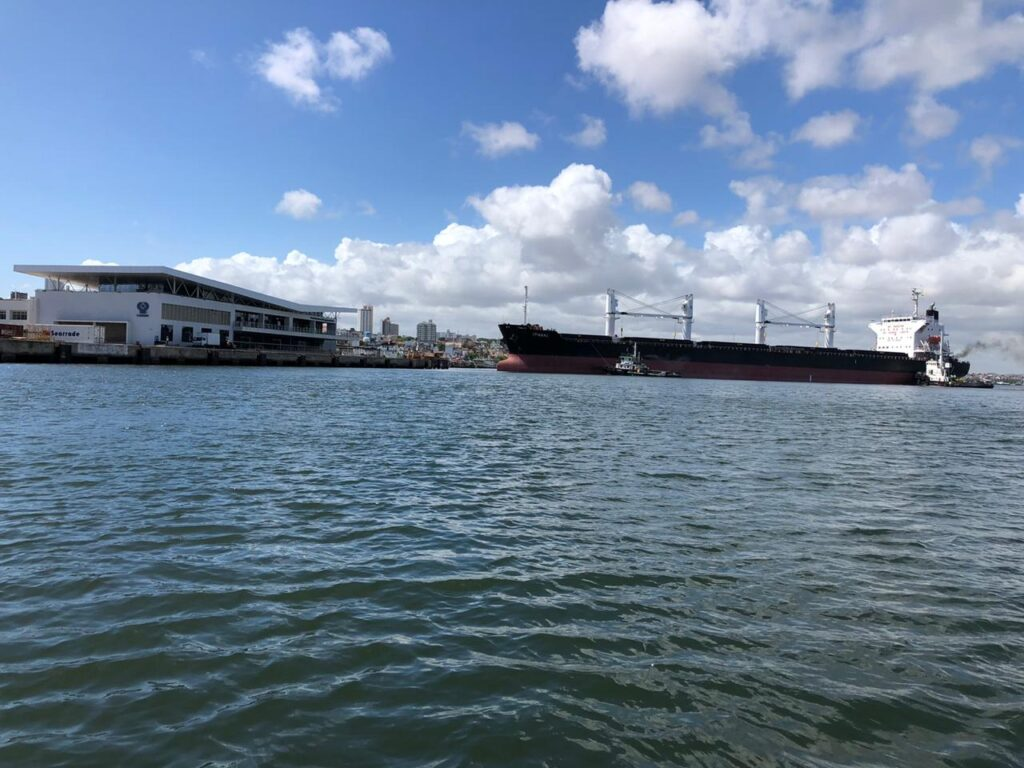 usina estivas volta a exportar açúcar pelo Porto de Natal