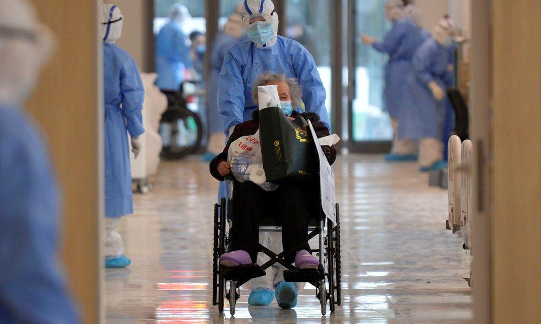 Número de mortes por coronavírus sobe para 1.113 na China