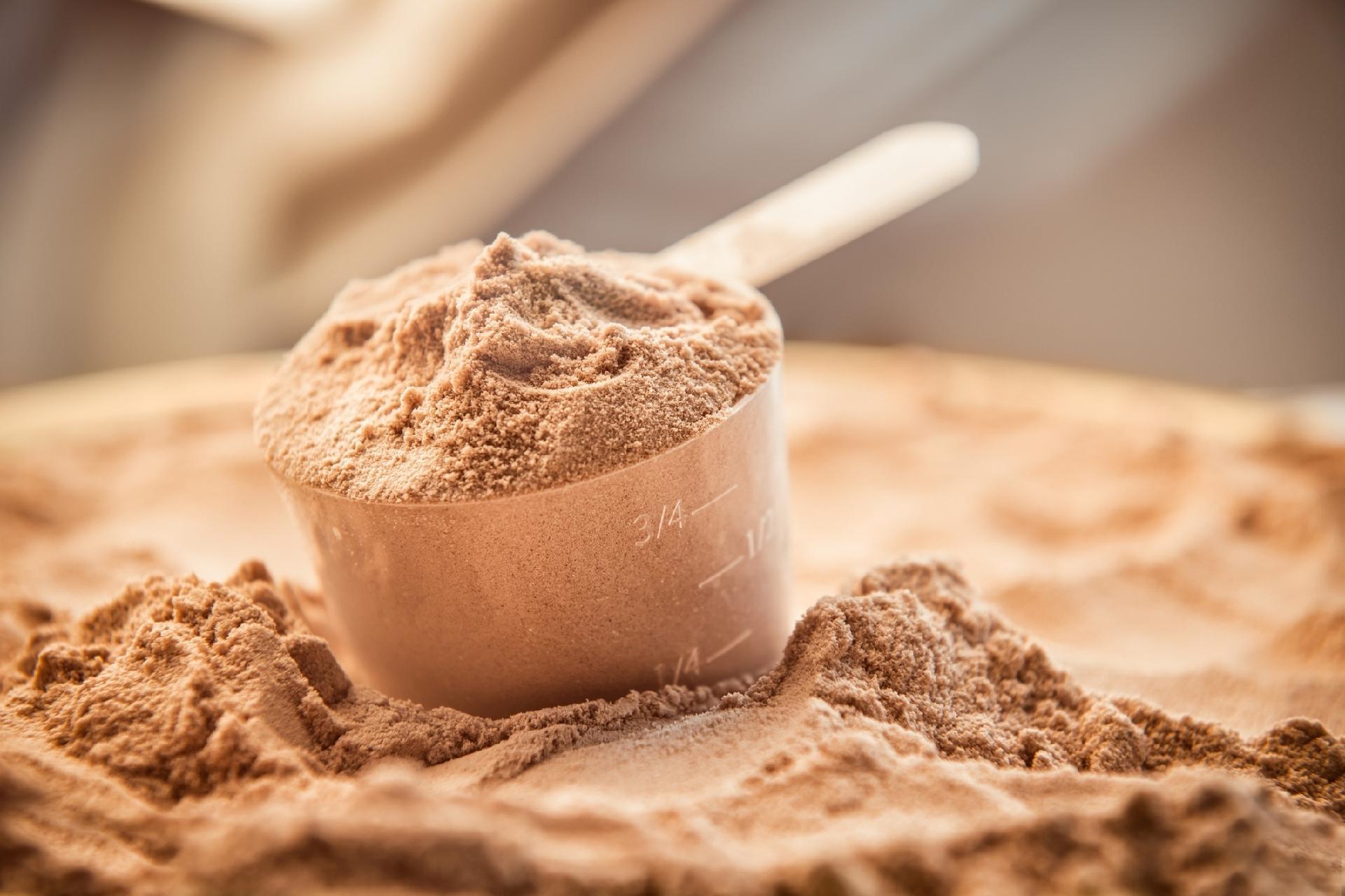Whey Protein: conheça mitos e verdades sobre a proteína do soro do leite
