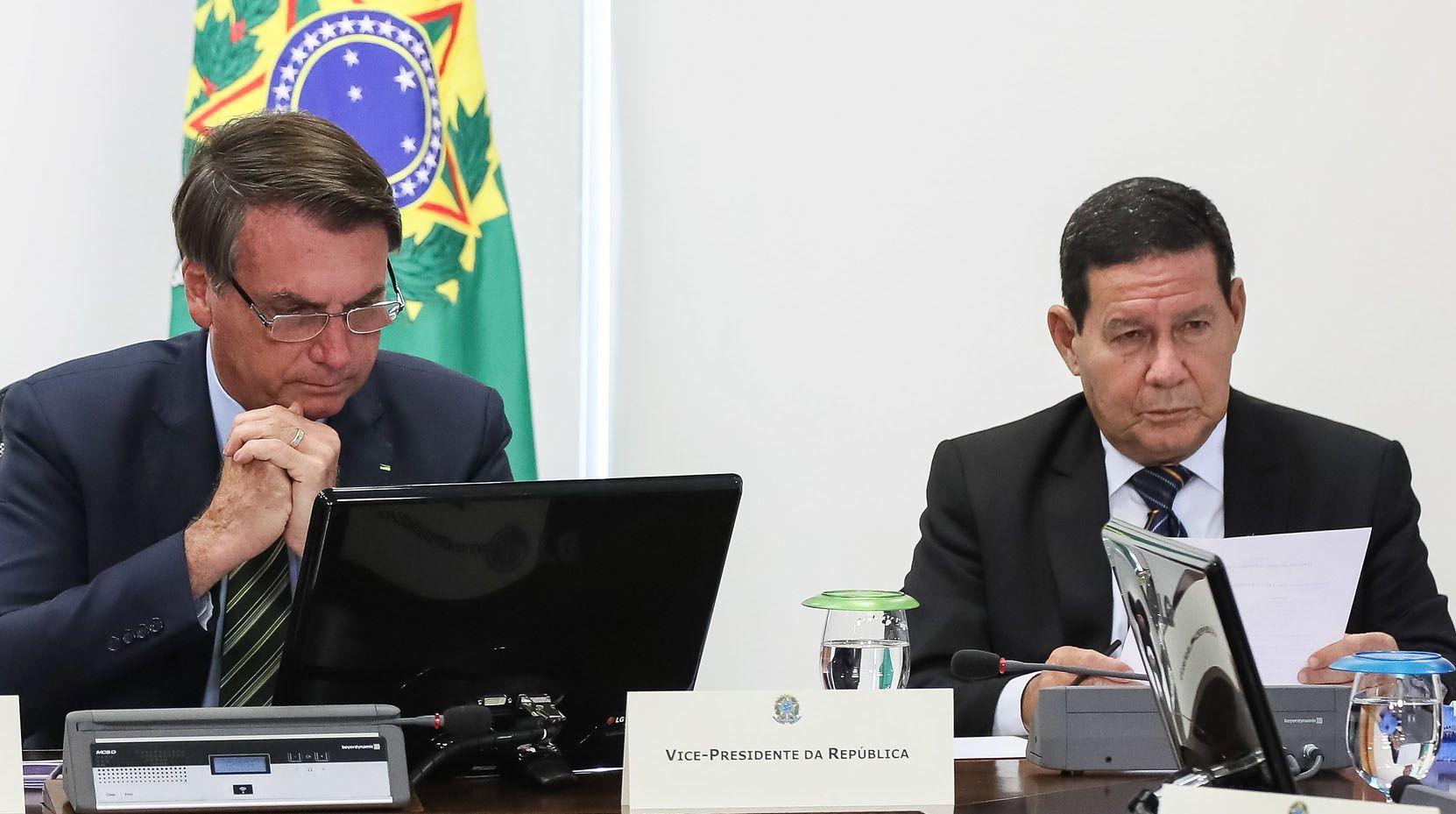 Bolsonaro anuncia pacote de combate à pandemia de R$85 bi