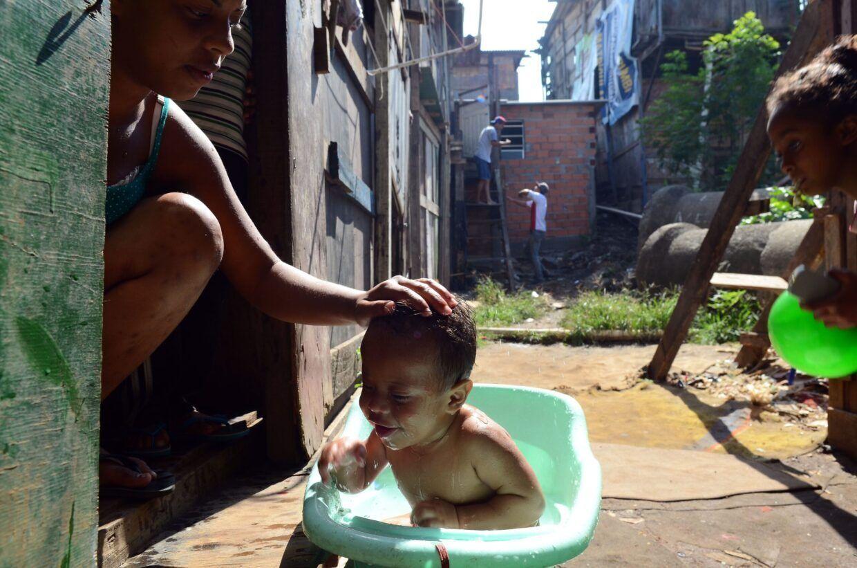 Em quarentena por coronavírus, 72% dos moradores de favelas têm padrão de vida rebaixado
