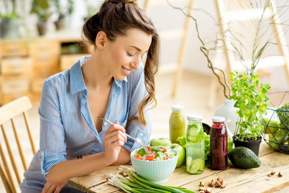 Especialista cita 7 alimentos que ajudam na digestão
