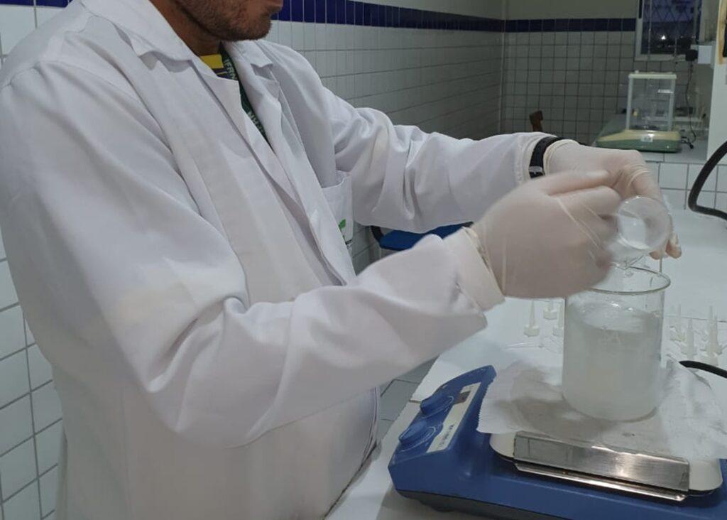 IFRN produz álcool em gel e sabão ecológico para ajudar na prevenção ao coronavírus