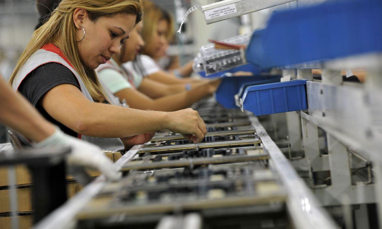 Trabalhador com jornada reduzida receberá antecipação do seguro-desemprego