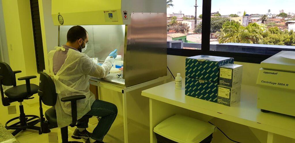 UFRN adquire 3 mil kits e começa testagem para Covid-19