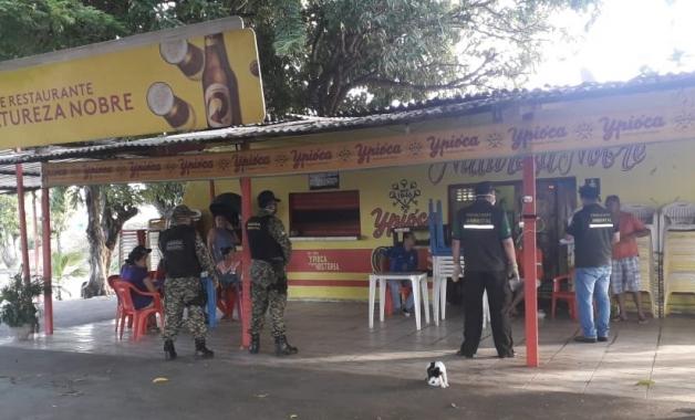 Guarda Municipal fiscaliza suspensão do funcionamento de bares e feiras em Natal