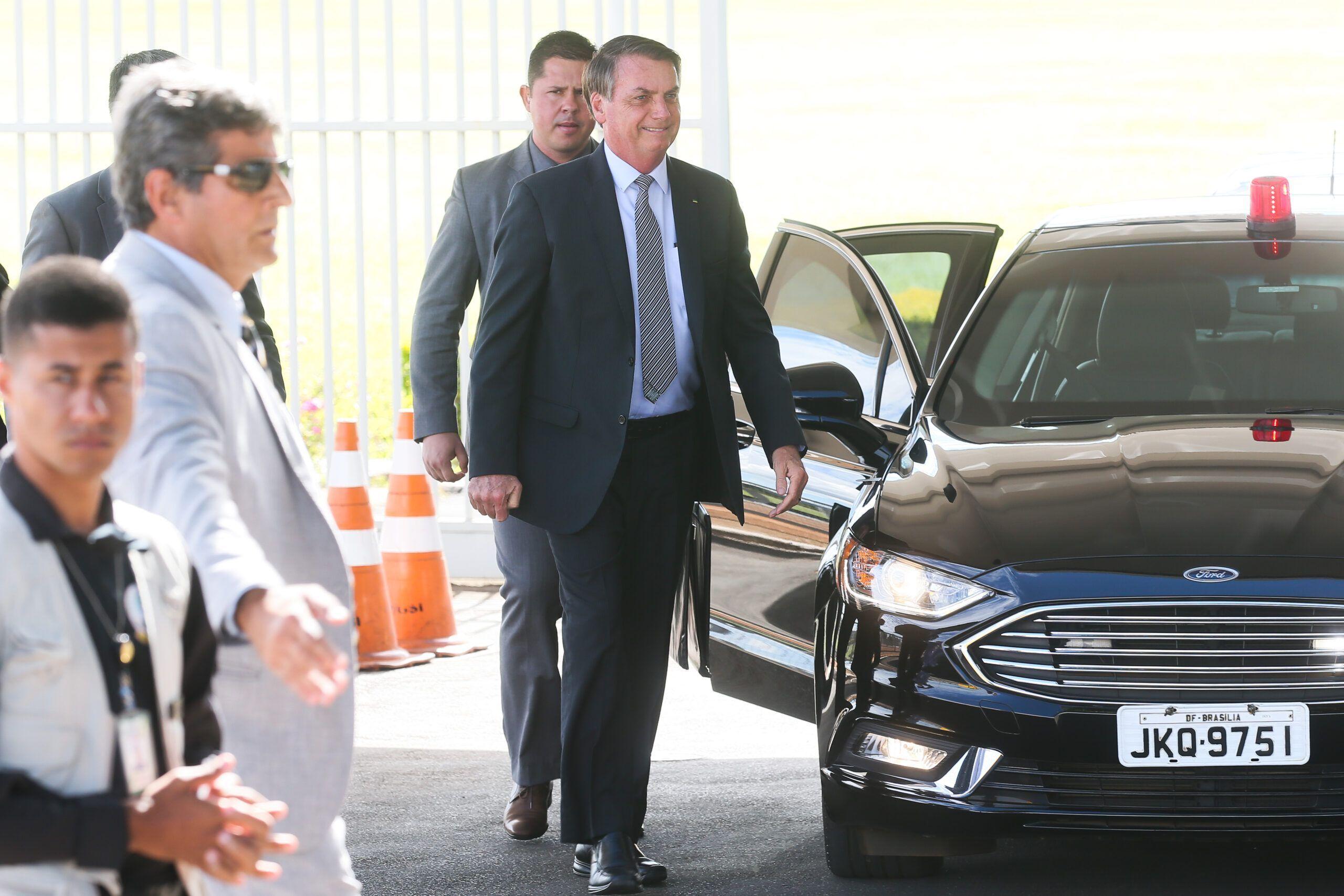 Pedido de impeachment contra Bolsonaro é protocolado