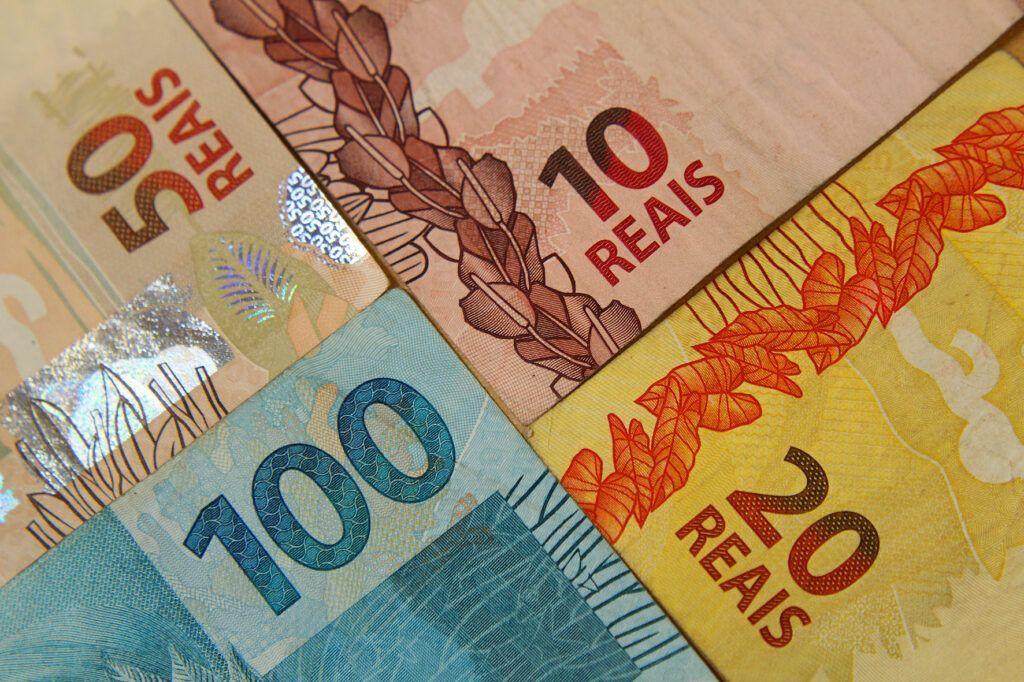 Auxílio emergencial pagamento dos R$ 600 inicia na quinta-feira CadÚnico dinheiro