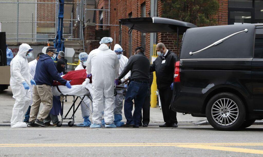 Coronavírus mais de 1.200 mortes em 24 horas nos EUA
