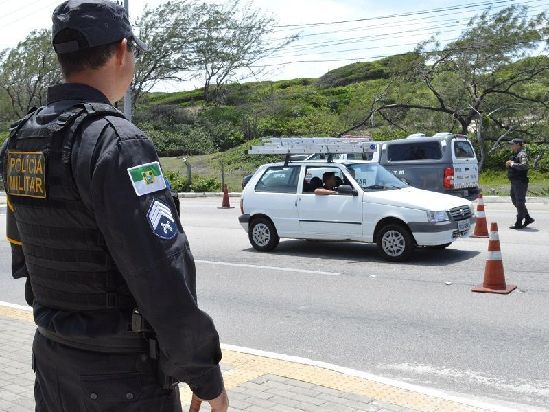 Decreto autoriza PMRN inspecionar qualquer veículo que entrar no Estado