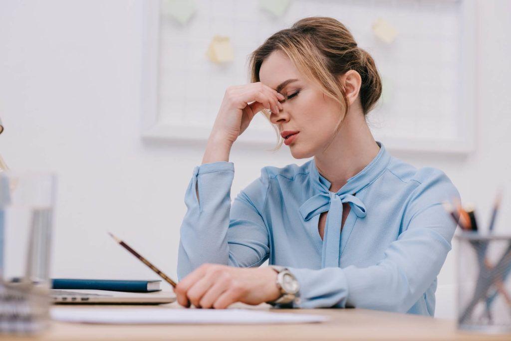 Estresse durante a quarentena pode causar queda capilar