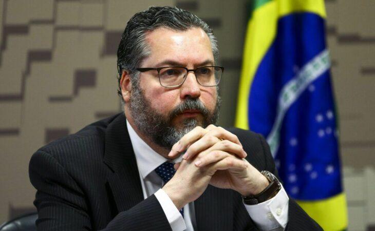 CPI da Covid convoca Ernesto Araújo e Fábio Wajngarten