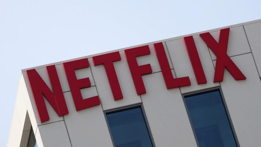 Netflix dobra seus lucros em meio à pandemia de coronavírus