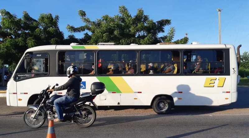 PRF detém motoristas de intermunicipais por infringirem decreto no RN