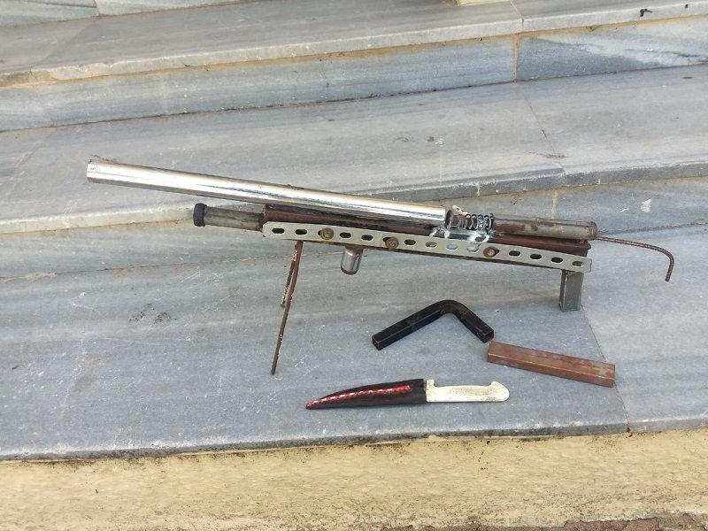 Polícia Militar apreende arma de fabricação artesanal em Felipe Camarão