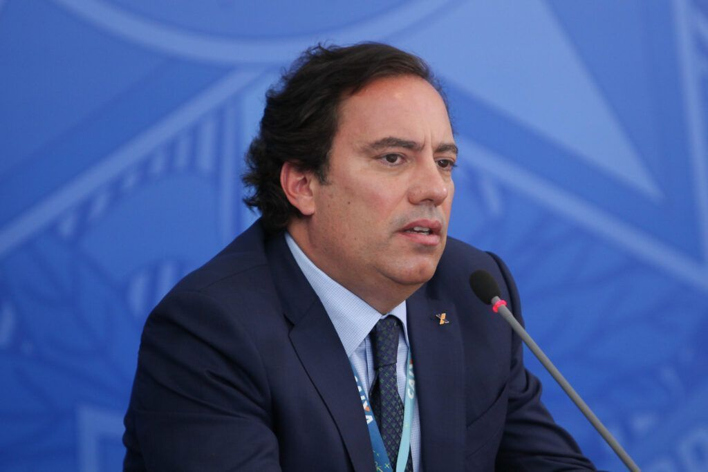 Presidente da Caixa pedro guimarães admite problemas com auxílio emergencial