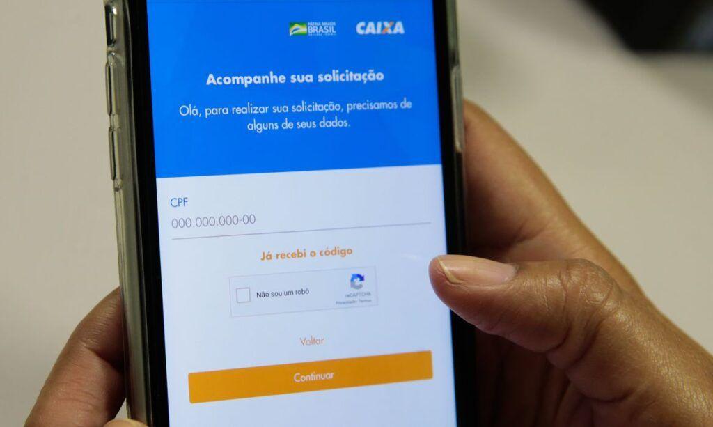 Receita regulariza 13,6 milhões de CPFs para acesso a Auxílio Emergencial
